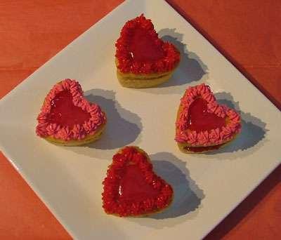 love_hearts_cupcakes_for_va-721324