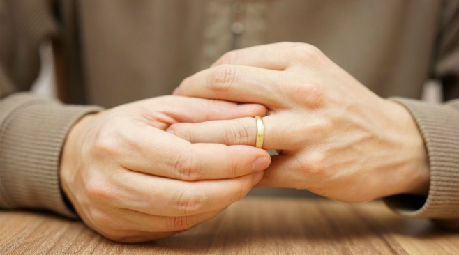 Divorce over 50: what to expect and how to cope